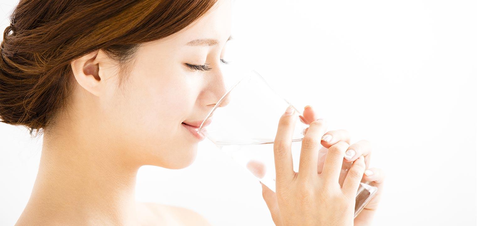 美容効果を実感しよう!正しいお水の飲み方