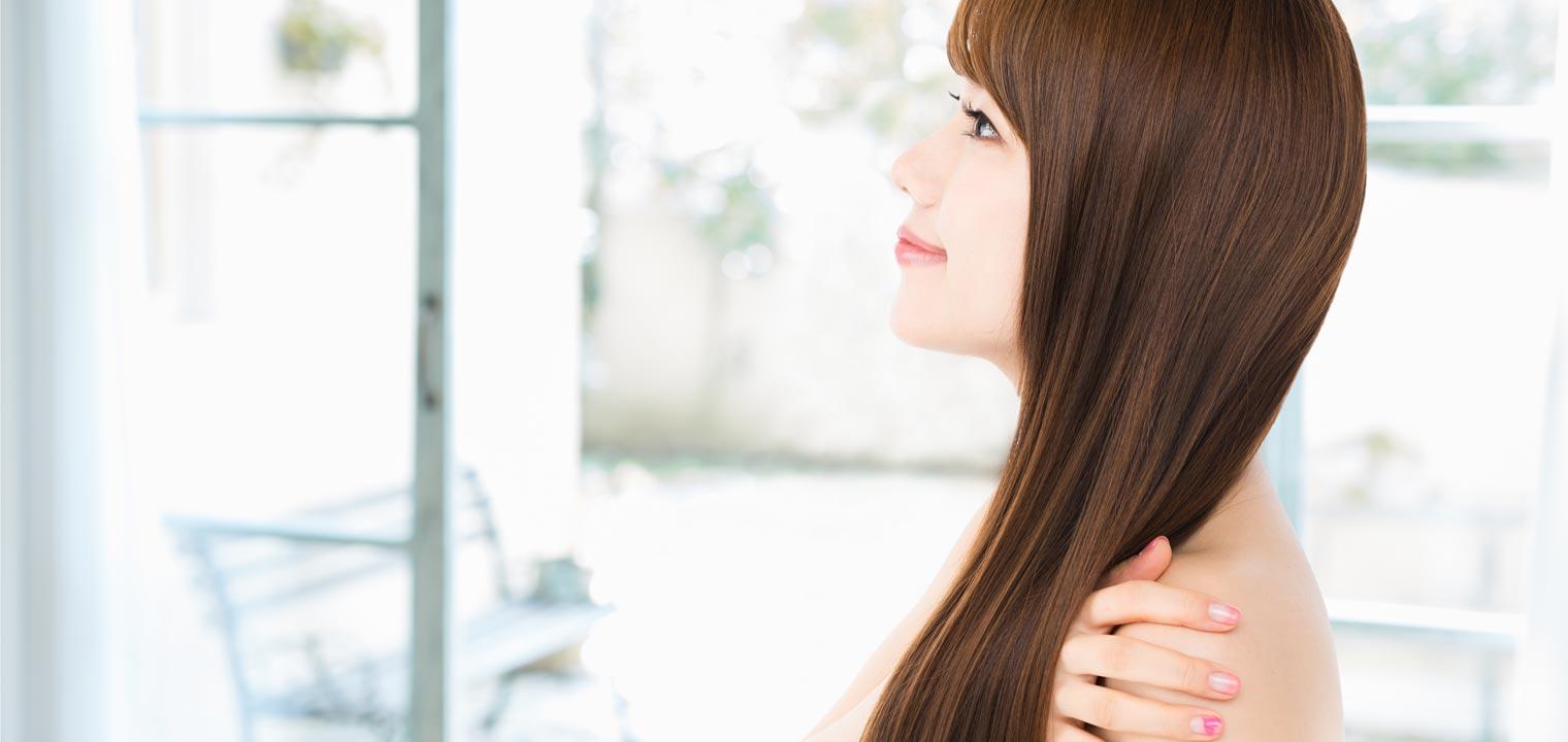 美しい髪を手に入れよう!枝毛・切れ毛の原因とホームケア法