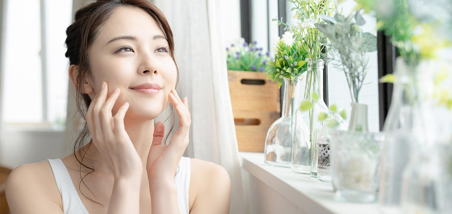 春にありがちな肌トラブルに効果があるスキンケアとは?